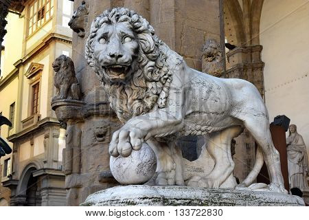 medici lion, marble sculpture of lion, Loggia dei Lanzi, Florence, Italy
