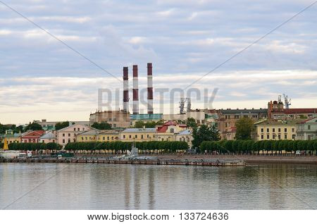 Saint-Petersburg.The morning landscape.On the horizon one can see the city quay.In the foreground is the river Neva.