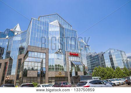 Almaty - Business Center Nurly Tau