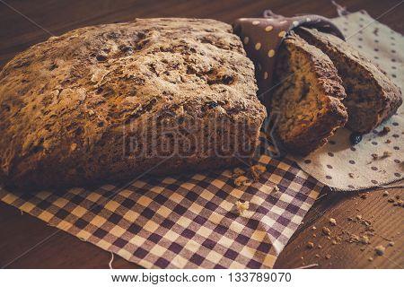 Vintage style: fresh artisan bread without GMO