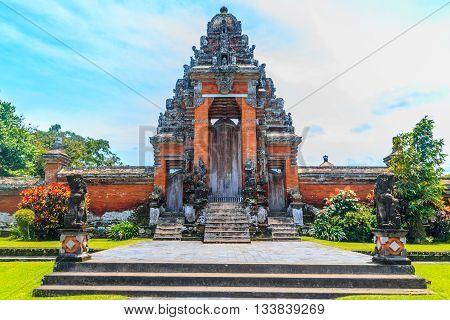 Gate of Pura Taman Ayun, Mengzi, Bali