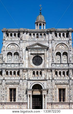Facade of the Certosa di Pavia is typical of the Lombard architecture and combines Gothic and Renaissance styles. This is one of the largest monasteries in Italy built by Carthusians in 1396-1495.