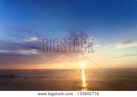 photo Early summer morning bright sky Beach