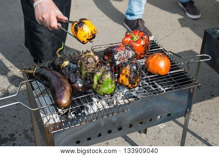 grilled meat skewers, barbecue food, grill meat