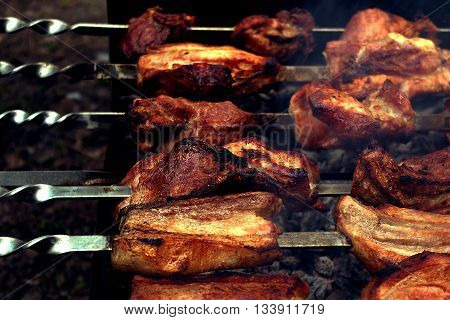 Taste grilled meat skewers. Good to do with family.