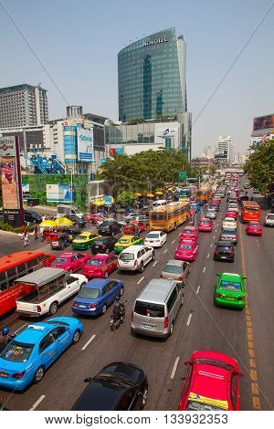 BANGKOK - MARCH 3: Daily traffic jam in the afternoon on March 3, 2012 in Bangkok, Thailand. Traffic jams remains constant problem in Bangkok despite rapid development of public transportation system.