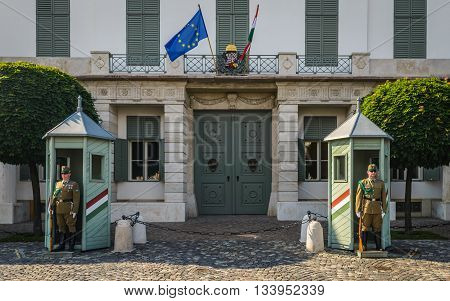 BUDAPEST - MAY 26 : Presidential guard on 26 May 2016, Budapest, Hungary. Hungary's presidential office in the Castle District is heavily guarded by presidential guards.