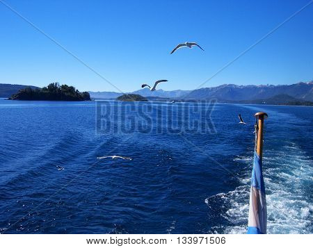 Viaje en barco en la Patagonia Argentina