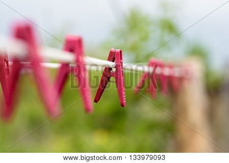 Red Plastic Wahing Pegs