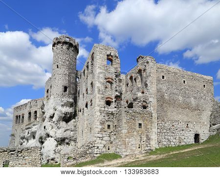 The old castle ruins of Ogrodzieniec fortifications Poland.