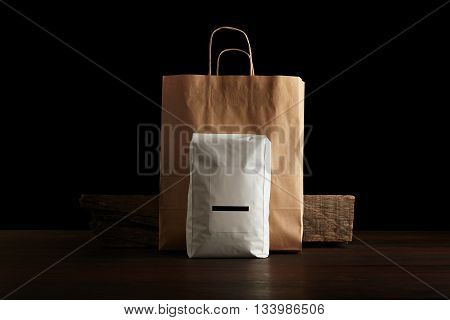 Retailer Merchandise Pack: Big Hermetic Pouch White With Blank Label Presented In Front Of Craft Pap