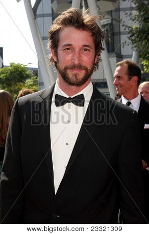 LOS ANGELES - SEP 10:  Noah Wyle arriving at the Creative Arts Emmys 2011 at Nokia Theater  on September 10, 2011 in Los Angeles, CA