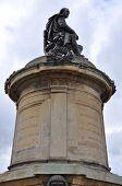 foto of william shakespeare  - Statue of William Shakespeare in Stratford - JPG