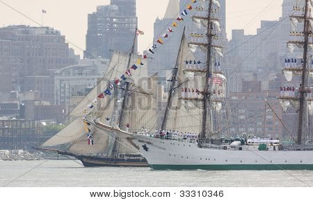 HOBOKEN, NJ - MAY 23: The tall ship ARC Gloria (Columbia) sails on the Hudson River past Manhattan during the Parade of Sail on May 23, 2012 in Hoboken, NJ. The parade is the start of Fleet Week.