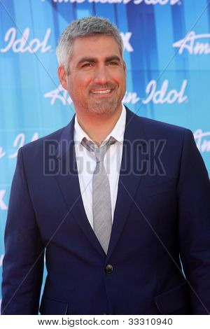 LOS ANGELES - MAY 23:  Taylor Hicks arrives at the