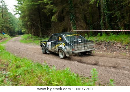 M. Conlon fahren Ford Escort