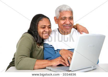 Personas mayores en equipo
