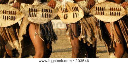 Bailarines nativos