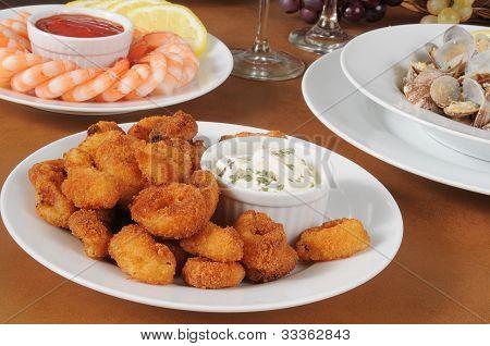 Breaded Calamari With Tarter Sauce