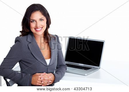 Mujer de negocios con ordenador portátil, aislado sobre fondo blanco