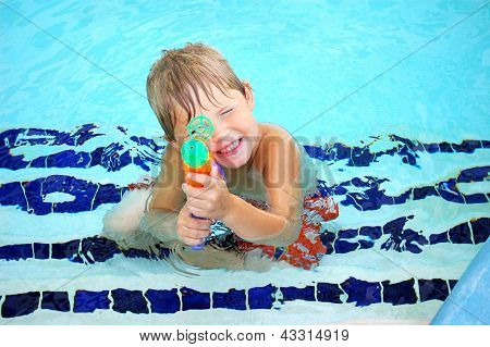 Water Gun Sharp Shooter