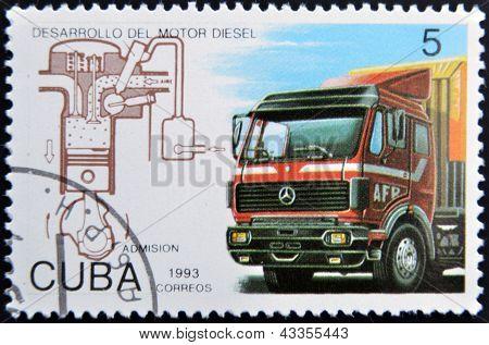 Muestra de un sello impreso en Cuba dedicada al desarrollo de motor Diesel camión