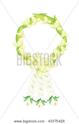 A Fresh White Colors Of Ylang Ylang Flowers Garland