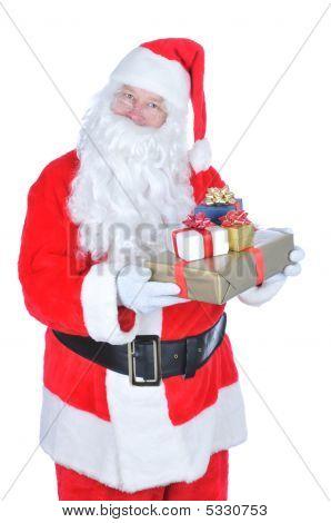 Papai Noel segurando um presente