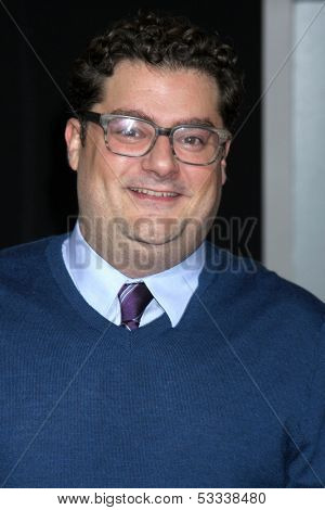 LOS ANGELES - NOV 3:  Bobby Moynihan at the