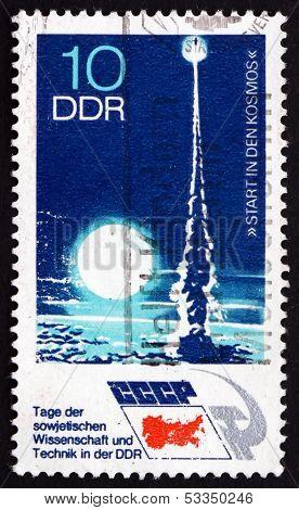 Postage Stamp Gdr 1973 Rocket Launching