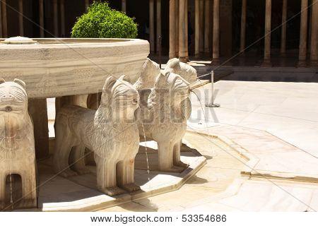 Famous lion fountain in Alhambra Castle, Granada, Spain