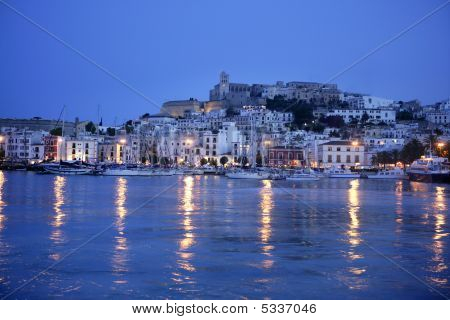 Ibiza Insel Nacht Harbor im Mittelmeer