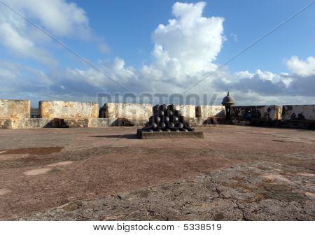 Cannon Balls At El Morrow