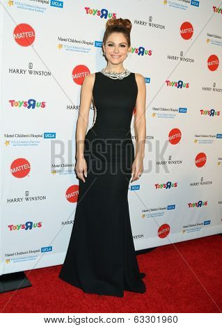 LOS ANGELES - APR 10:  Maria Menounos at the Kaleidoscope Ball at Beverly Hills Hotel on April 10, 2014 in Beverly Hills, CA