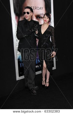 LOS ANGELES - APR 10:  Lindsay Usich, Marilyn Manson at the