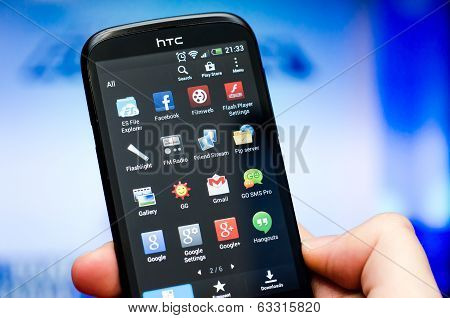 Multiple Android Application On Htc Device