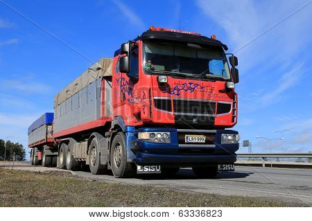 Sisu R500 Long Haulage Truck At Spring
