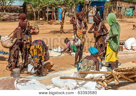 Hamar People At The Market