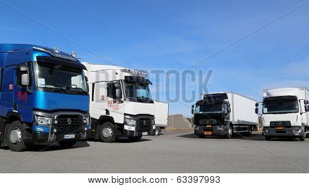 New Renault Range T And D Trucks On Display