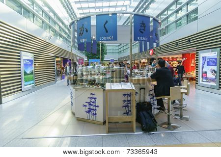 DUSSELDORF - SEPTEMBER 16: airport interior on September 16, 2014 in Dusseldorf, Germany. International airport of Dusseldorf located approximately 7 kilometres north of downtown Dusseldorf
