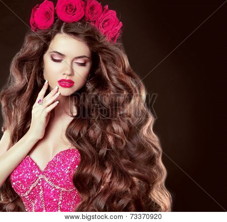 Long Wavy Hair. Beautiful Brunette Girl With Sensual Lips, In Glam Dress, Fashion Jewelry