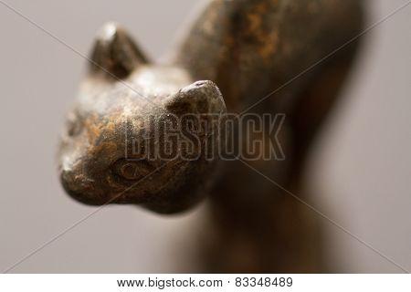 sculpture cat