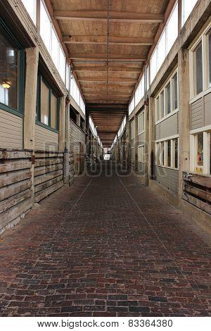 Outdoor walkway corridor