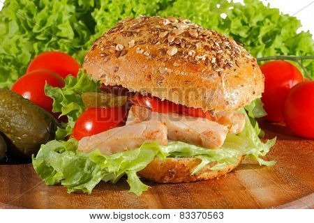Whole Wheat Bread With Fried Chicken
