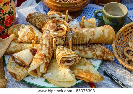 Shrovetide. Pancakes, Folded Tube