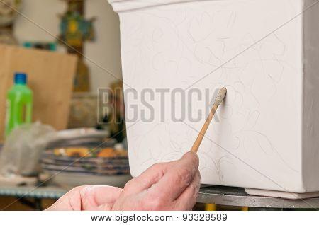 Pottery Decorator