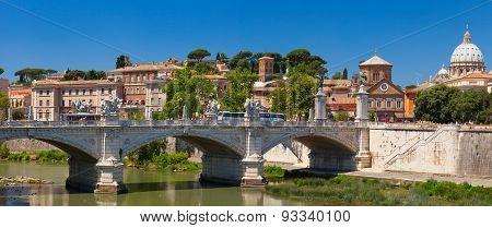Ponte Vittorio Emanuele II bridge. Rome