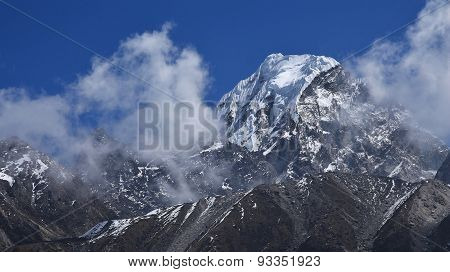 Peak Of Hungchhi, High Mountain On The Nepal-china Border