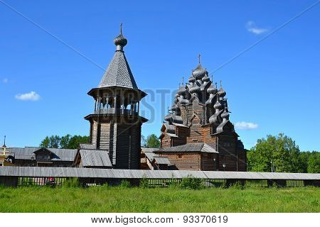 "The Complex ""manor Bogoslovka"" In The Style Of Russian Wooden Architecture."