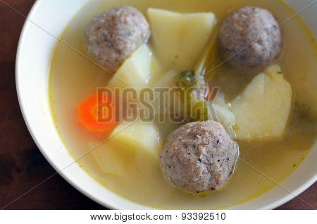 Matzah Balls Jewish Soup